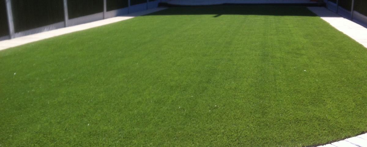 artificial-grass-lawn